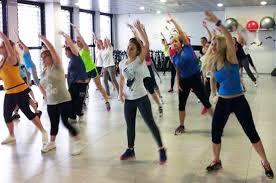DIVERTIRSI CON LA ZUMBA: attivita' ricreativa per i giovani soci